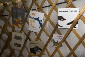 Copertine di libri sui lupi