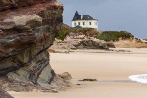 Spiaggia costa oceanica di Baleal Peniche Portogallo