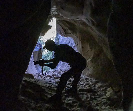 Le grotte di Soprasasso e la chiesa di Montecavalloro